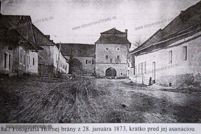 Banská Bystrica - horná brána v roku 1873 krátko pred jej asanáciou