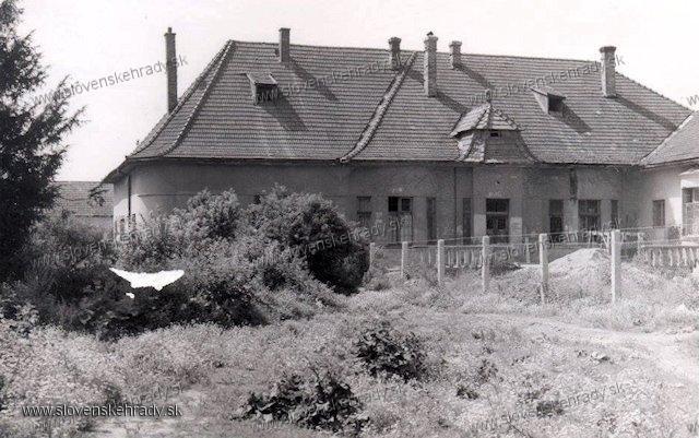 Beckovská Vieska - kúria
