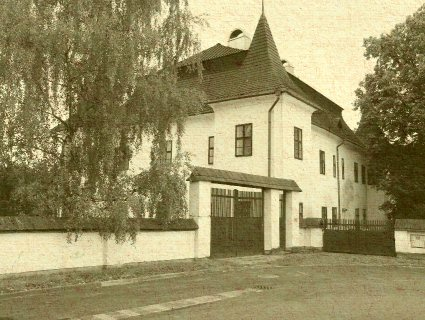 Bešeňová - renesančný kaštieľ