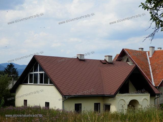 Blažovce - originál kúrie v Blažovciach po necitlivom zásahu majiteľa