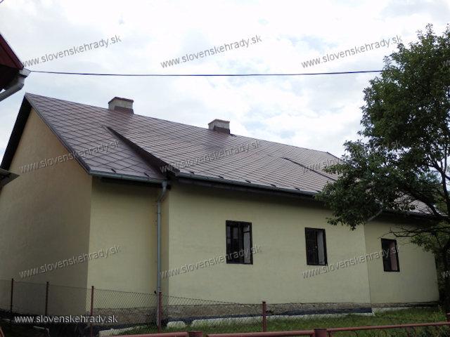Blažovce - kúria Antona Raksányiho zo západnej strany