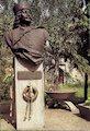Borša - busta Františka II. Rákocziho pred kaštieľom
