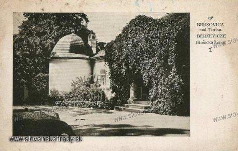 Brezovica - renesančná kúria v roku 1937