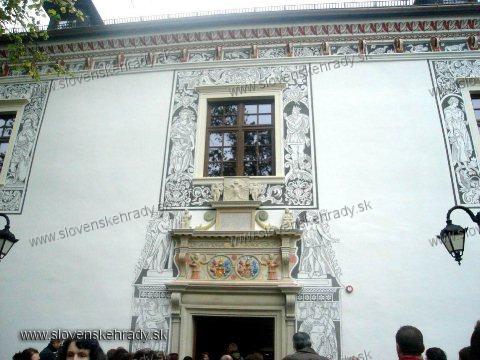 Bytča - vstupný portál Sobášneho paláca