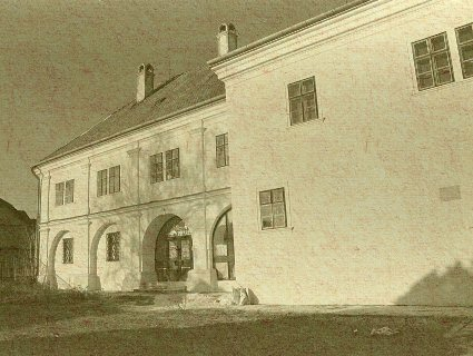 Čachtice - neskororenesančný Draškovičov kaštieľ