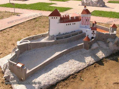 Čachtický hrad - model hradu v Podolí