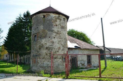 Červenica pri Sabinove - renesančný kaštieľ