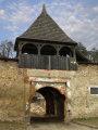 Divín - neskororenesančný kaštieľ - vstupná brána