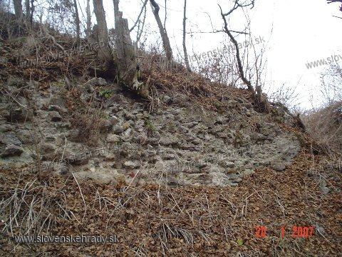 Hodejov - južný múr
