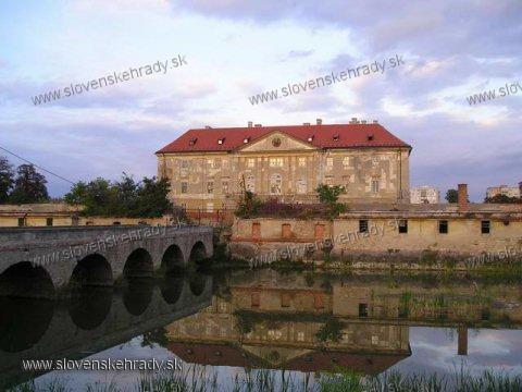 Holíčsky hrad - kaštieľ zozadu