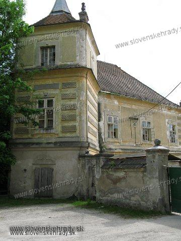 Jablonica - barokovo-klasicistický kaštieľ