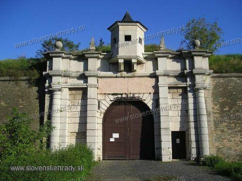 Komárno - vstupná brána do pevnosti