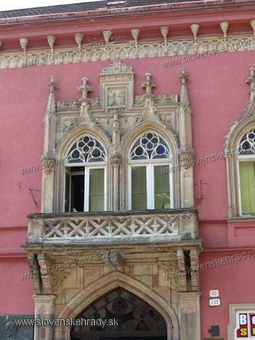 Košice - Vitézov dom, Vitézov dvor