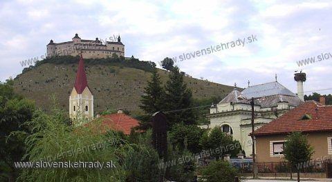 Krásna Hôrka - pohľad z Krásnohorského Podhradia