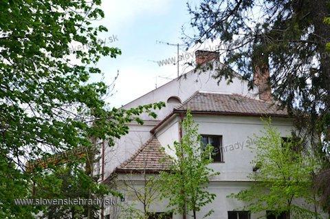 Lapogoš - vila - poľovnícky zámoček