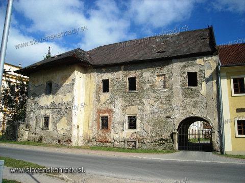Markušovce - hospodárska budova kaštieľa