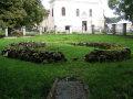 Michalovský hrad - zvyšky rotundy v areáli