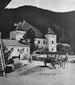 Necpaly - renesančný kaštieľ a kúria