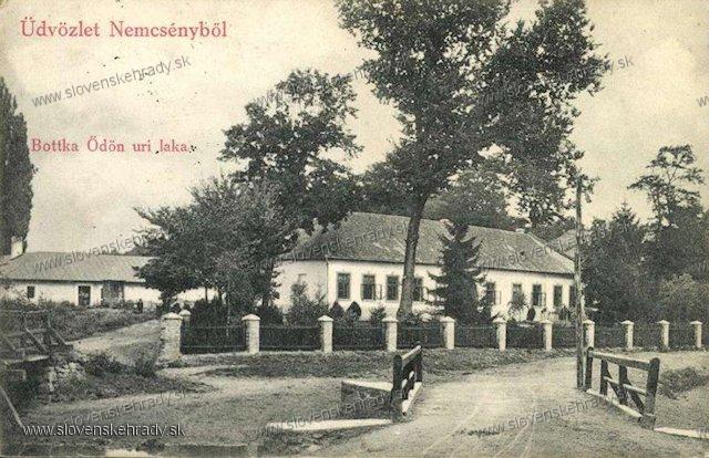 Nemčiňany - kúria
