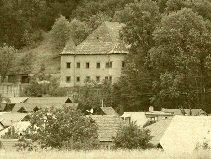 Pova�sk� Podhradie - renesan�n� ka�tie�