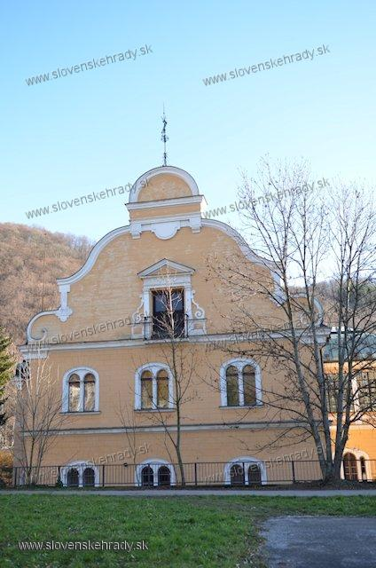 Radvaň - novorenesančno-barokový kaštieľ