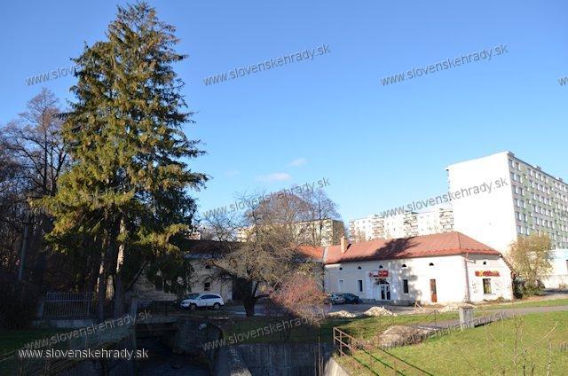Radvaň - renesančný kaštieľ