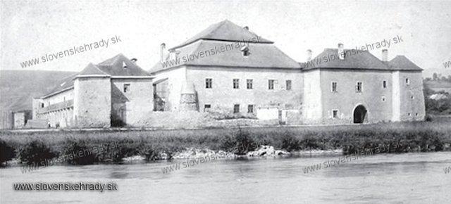 Radvaň - kaštieľ