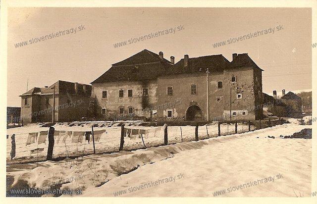 Radvaň - kaštieľ - Soví hrad