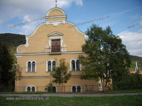 Radvaň - novorenesančno-barokový kaštieľ Tihanyiovský