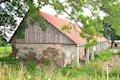 Šarišské Dravce - renesančno-klasicistický kaštieľ s hospodárskymi budovami