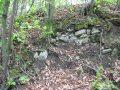 Šebeš - pozostatky obvodového múru na severnej strane pri veži