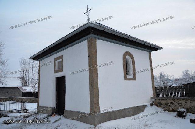 Slovenská Ves - hrobka rodu Badányi de Maldur et Holló-Lomnicz