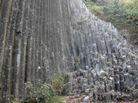 Šomoška - kamenný vodopád neďaleko hradu