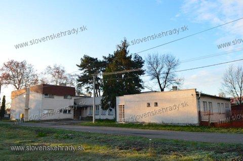 Tekovská Nová Ves - miesto, kde stála kúria