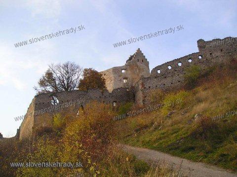 Topoľčiansky hrad - na hrade prebieha čiastočná obnova, konečne!