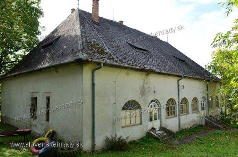 Veľké Krškany - barokovo-klasicistická kúria