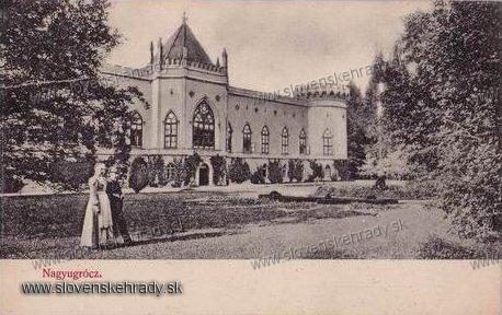 Veľké Uherce - neogotický kaštieľ v roku 1910