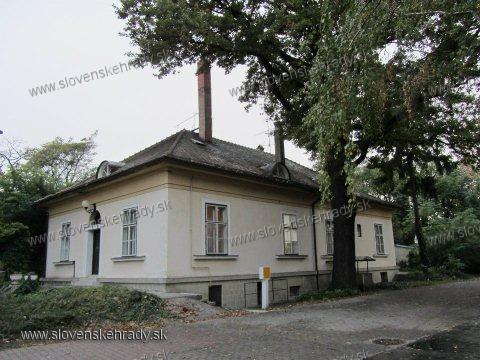 Veľký Meder - neskoroklasicistická kúria