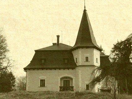 Záturčie - pôvodne neskororenesančný kaštieľ