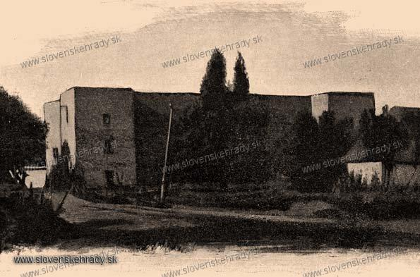 Zemianske Kostoľany - starší renesančný kaštieľ - zbierka Borovszky