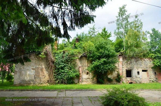 Zemianske Kostoľany - kúria